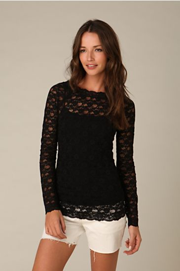 Bronte Lace Top :  layering lace fashion top
