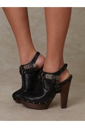 Fritz Bows & Arrows Clog
