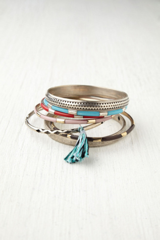 Womens Hard Bangle Set