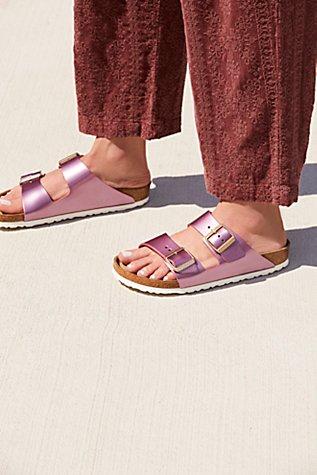 Arizona Metallic Birkenstock Sandal | Tuggl