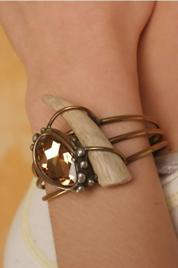 Horn and Crystal Cuff :  bracelet cuff
