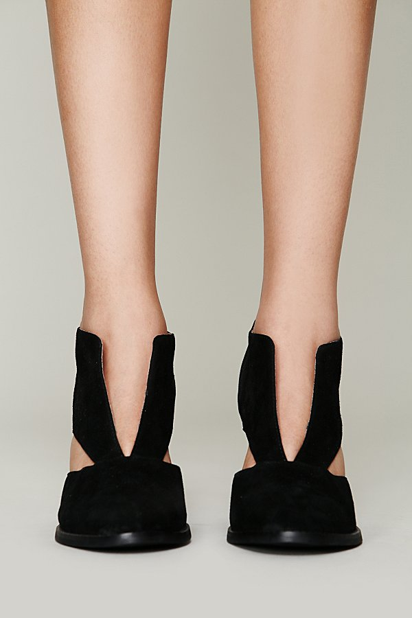 Slide View 3: Deep V Ankle Boot