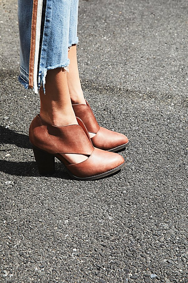 Slide View 1: Deep V Ankle Boot