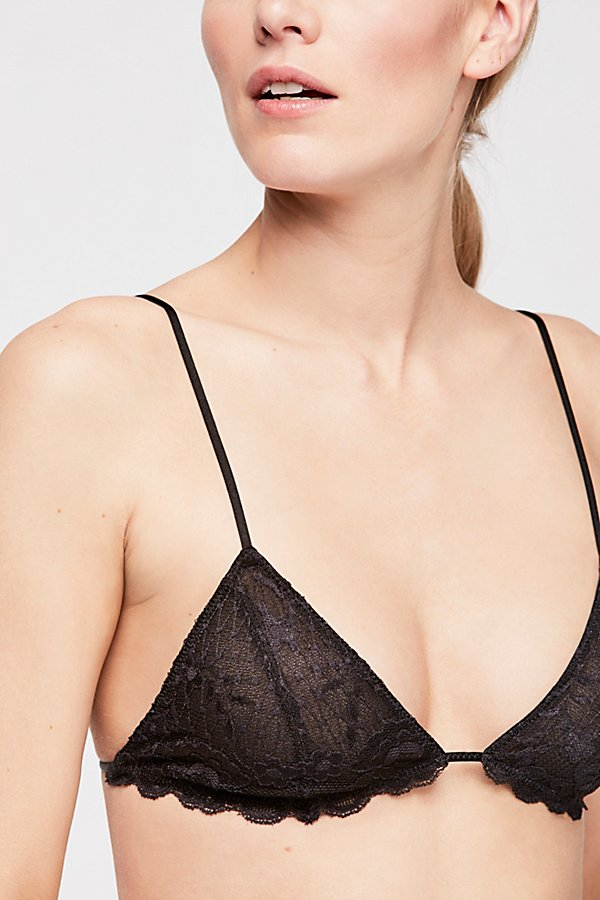 Slide View 3: Essential Triangle Bra