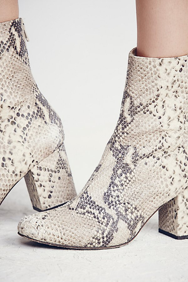 Slide View 5: Cecile Ankle Boot