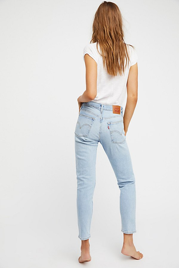 Slide View 2: Levi's Wedgie Icon High Rise Jeans