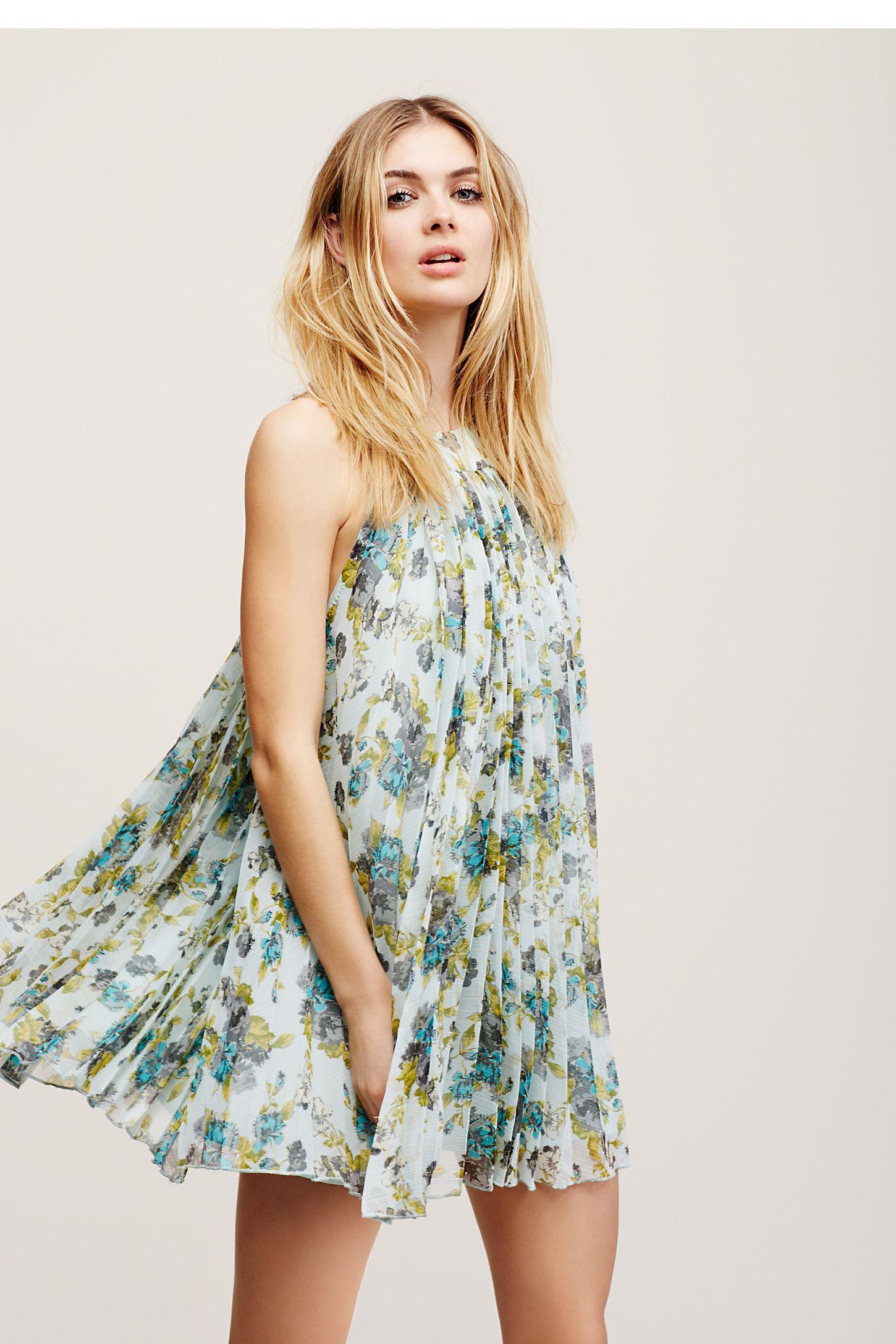 Floral Pleated Mini Dress  379b4101f