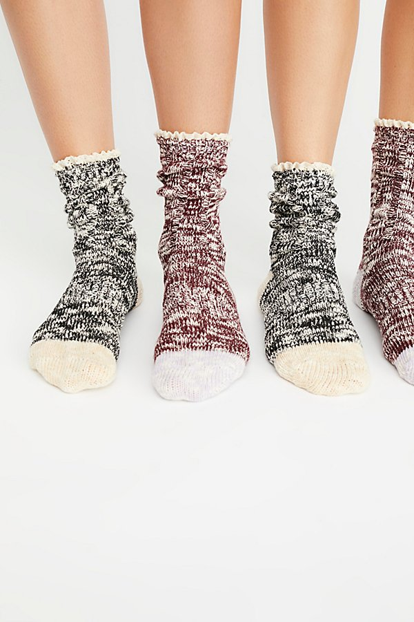 Slide View 1: Melbourne Heathered Crew Socks