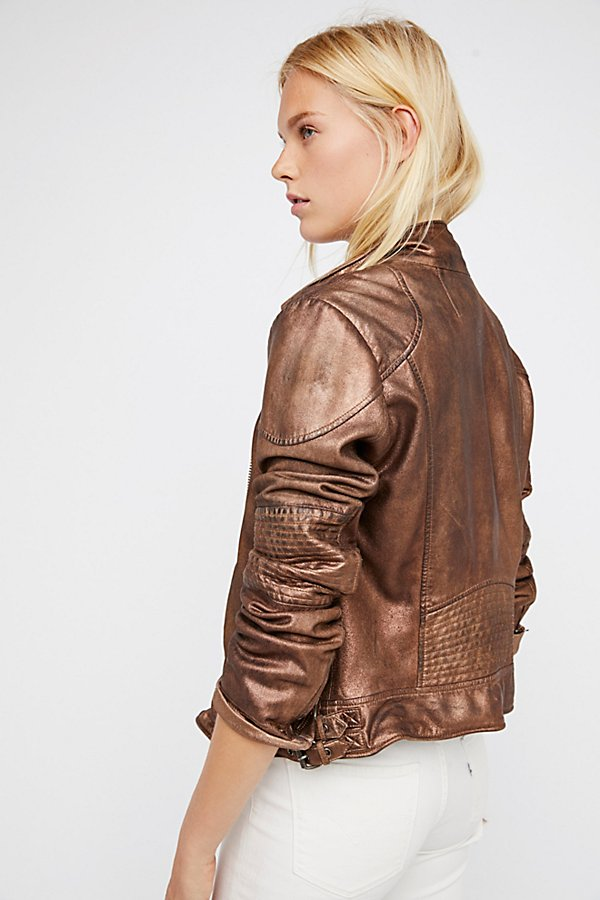 Slide View 4: Fitted and Rugged Leather Jacket