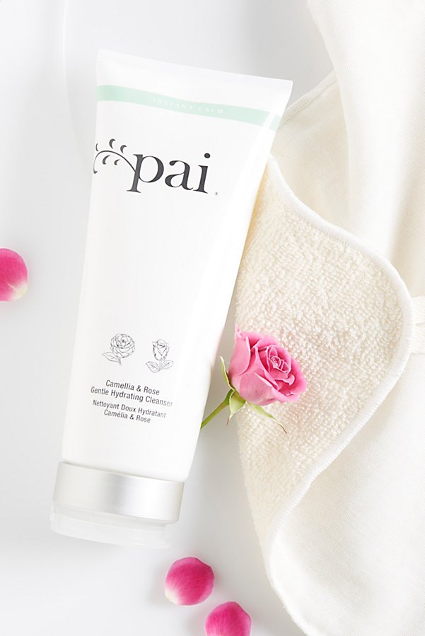 Slide View 4: Pai Skincare Camellia & Rose Gentle Hydrating Cleanser