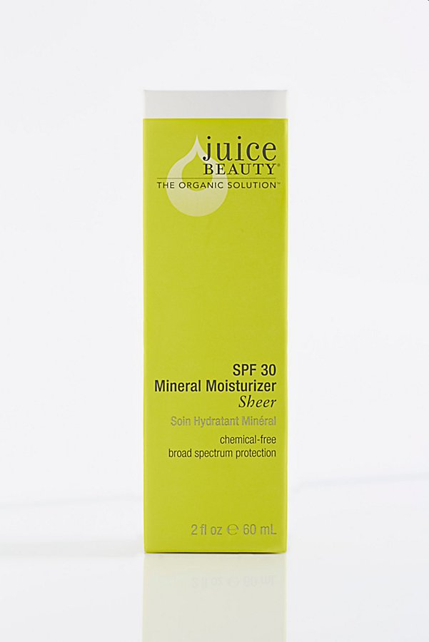 Slide View 2: Juice Beauty SPF Tinted Moisturizer