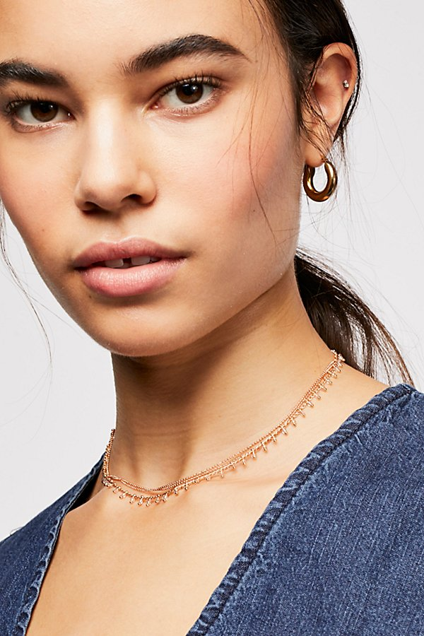 Slide View 1: Mia Triple Delicate Choker