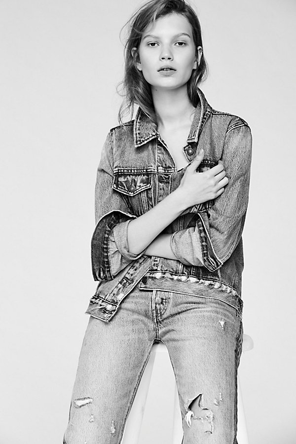 Slide View 7: Levi's Ex-Boyfriend Trucker Denim Jacket