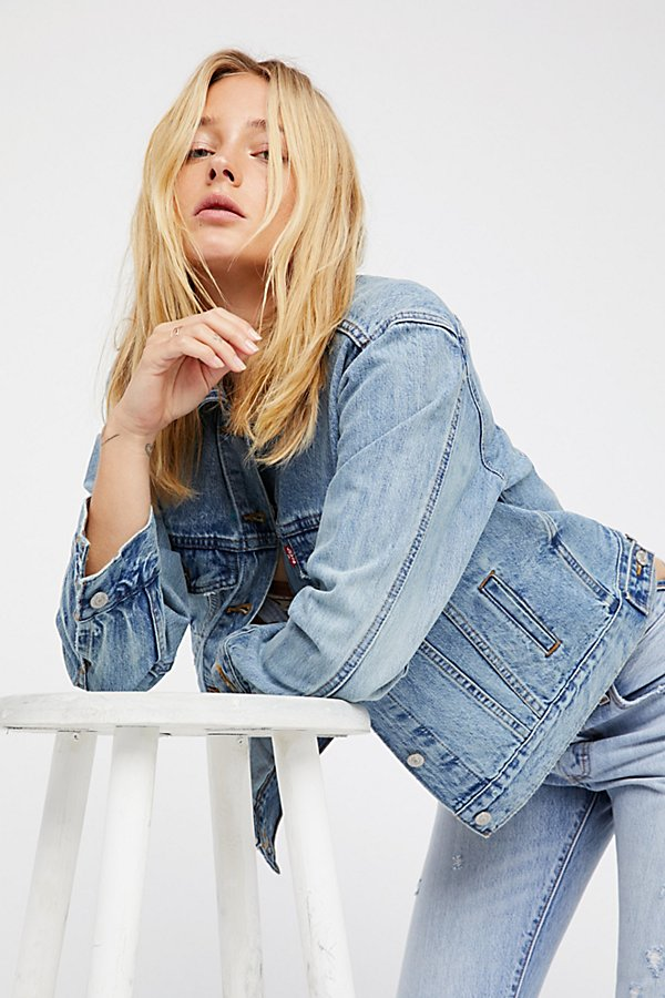 Slide View 5: Levi's Ex-Boyfriend Trucker Denim Jacket