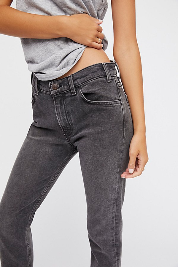 Slide View 3: Levi's 505c Cropped Jeans