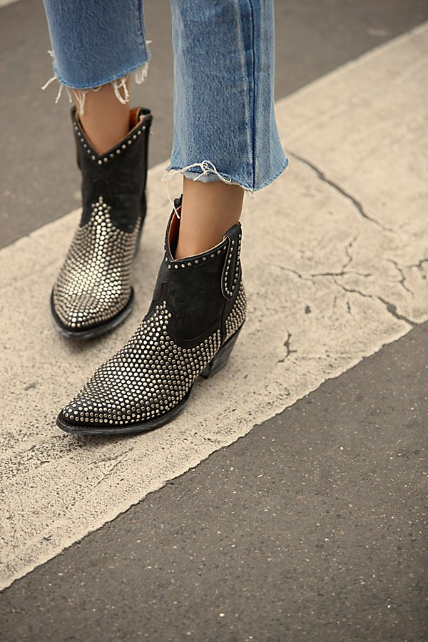 Slide View 5: Sawyer Ankle Boot