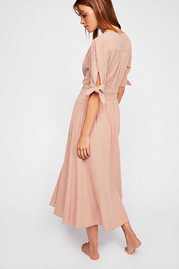 Slide View 2: Love Of My Life Midi Dress