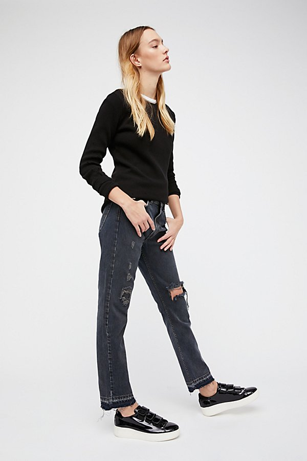 Slide View 3: Levi's 501c Distressed Crop Jeans
