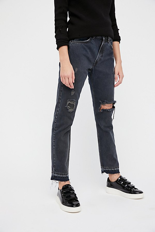 Slide View 4: Levi's 501c Distressed Crop Jeans