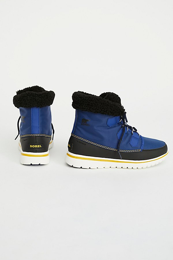 Slide View 4: Cosy Carnival Weather Boot