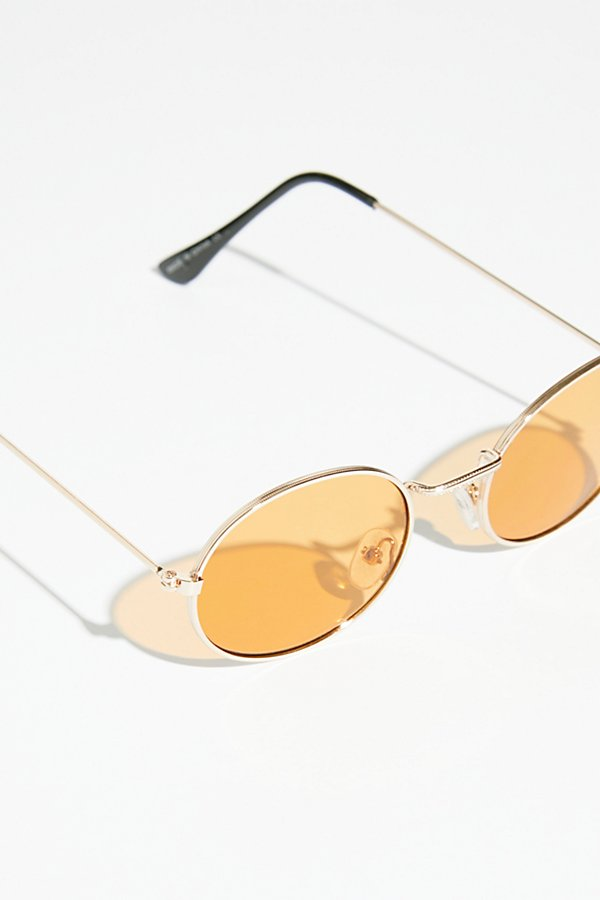 Slide View 3: Got A Crush Oval Sunnies