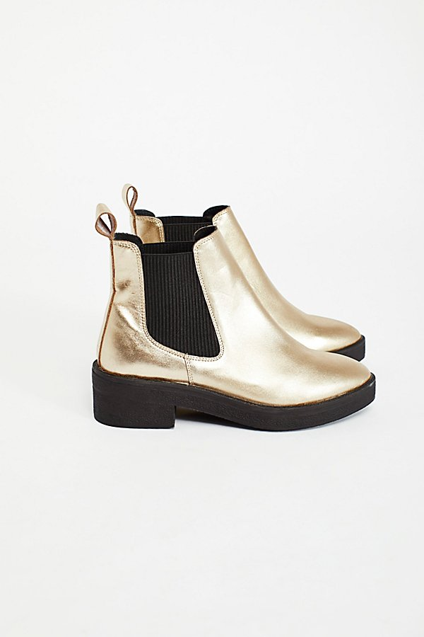 Slide View 2: Caleb Chelsea Boot