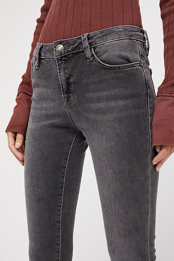 Slide View 3: Straight Crop Jeans