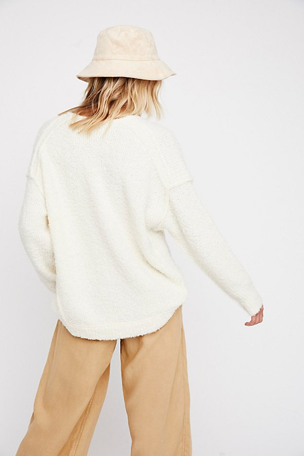 Slide View 2: Lofty V-Neck Jumper