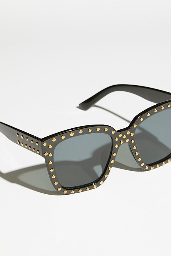 Slide View 4: Stud Muffin Sunnies