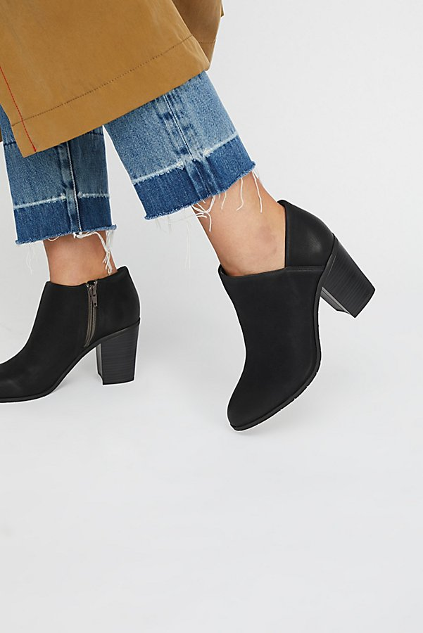 Slide View 1: Vegan Heel Boot