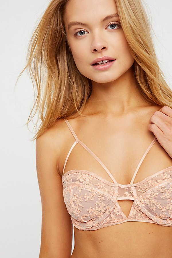 Slide View 1: Miranda Underwire Bra
