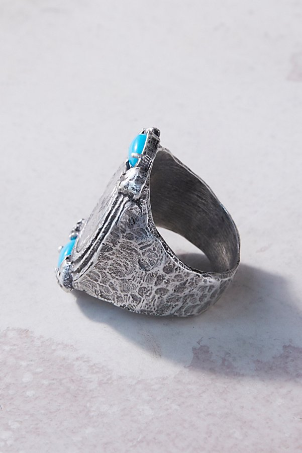 Slide View 2: Labradorite Medallion Ring