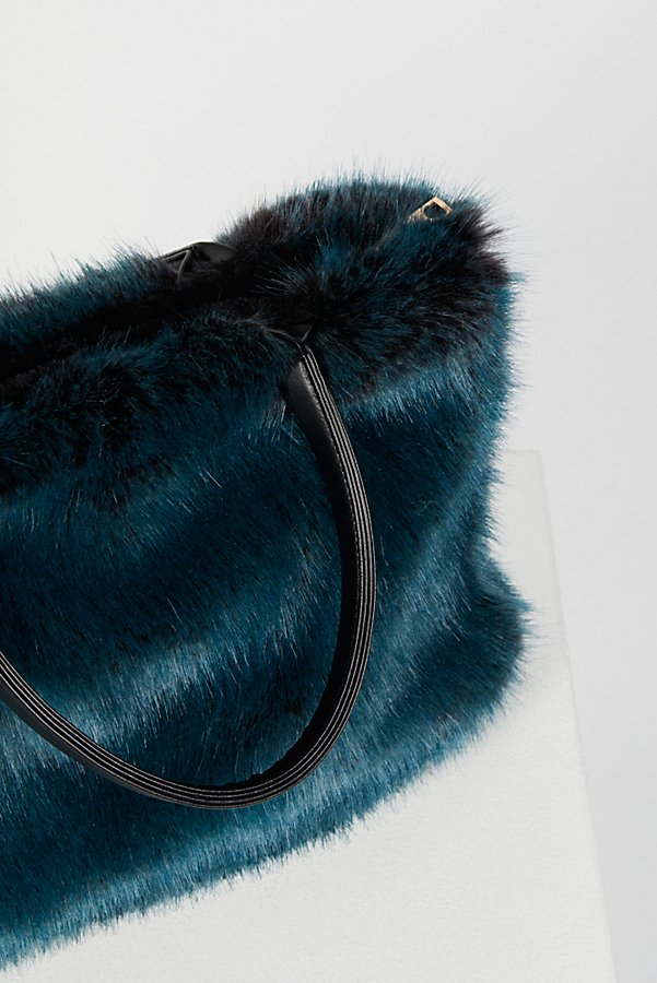 Slide View 5: Rosa Faux Fur Tote