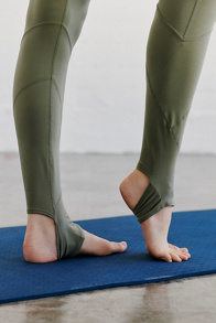Slide View 5: Aerial Legging