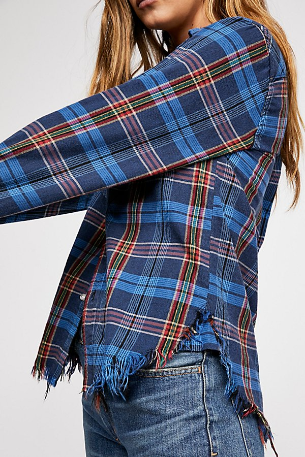 Slide View 3: Axel Plaid Buttondown