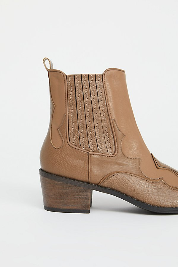 Slide View 3: Vegan Cavalier Boot