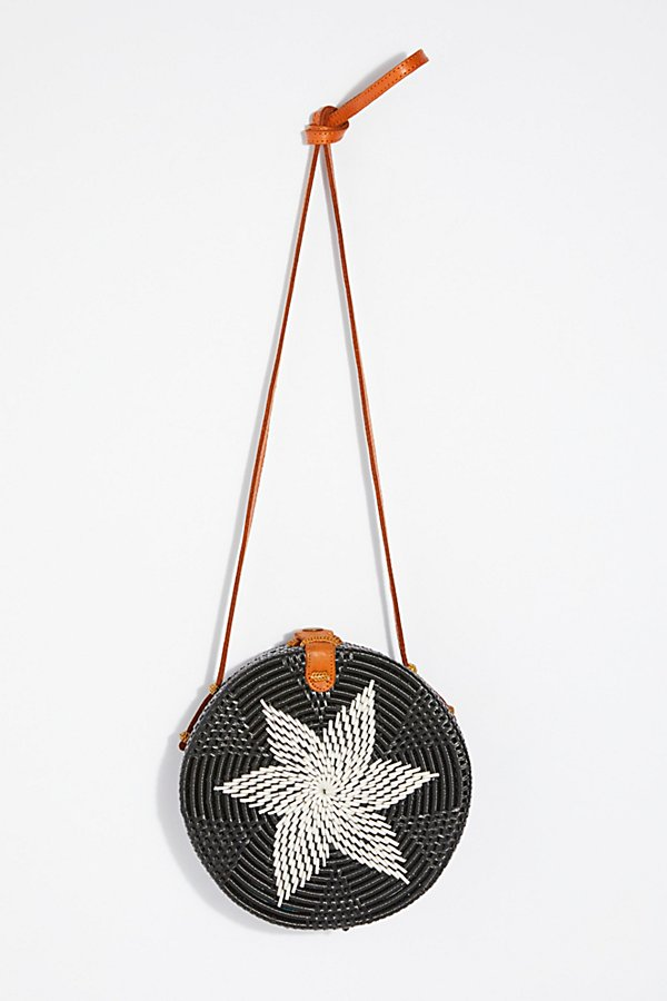 Slide View 2: Lovina Straw Crossbody