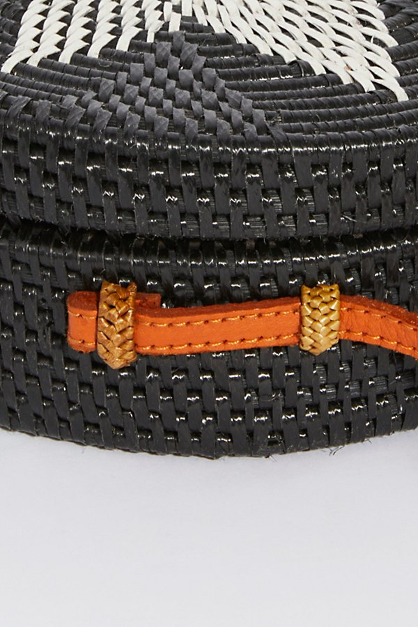 Slide View 5: Lovina Straw Crossbody