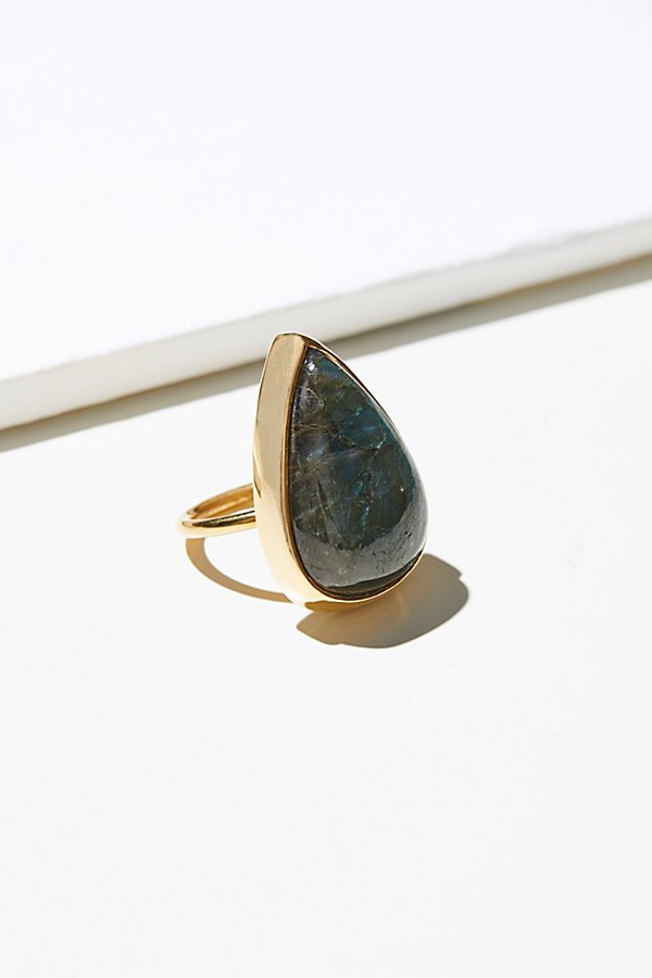 Slide View 2: Good Girls Revolt Labradorite Ring