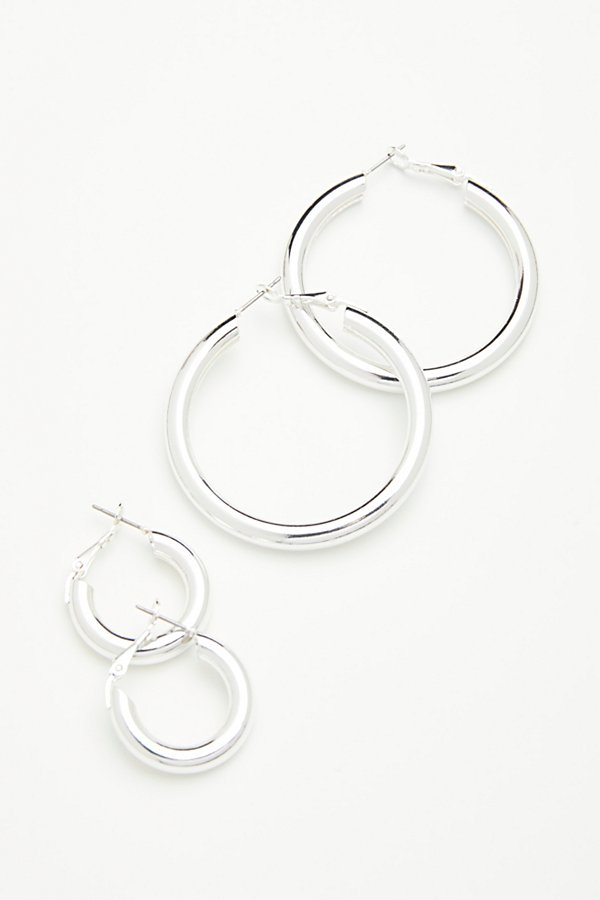 Slide View 3: Classic Tube Hoop Earring Set