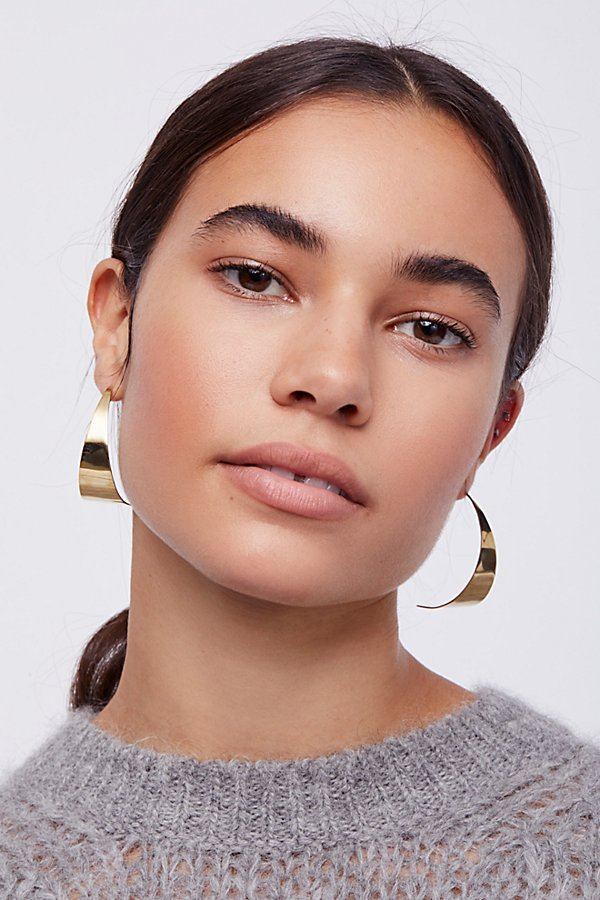 Slide View 1: Zuri Threader Hoops