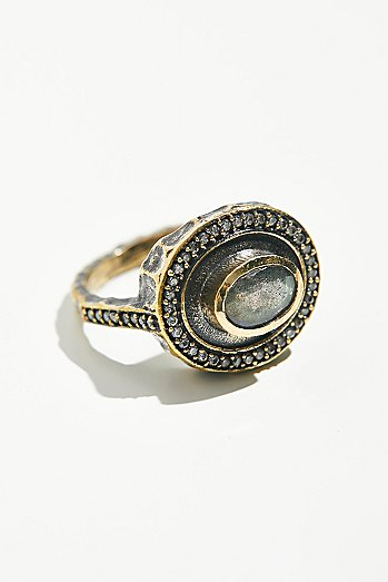 Talon Labradorite Oval Ring