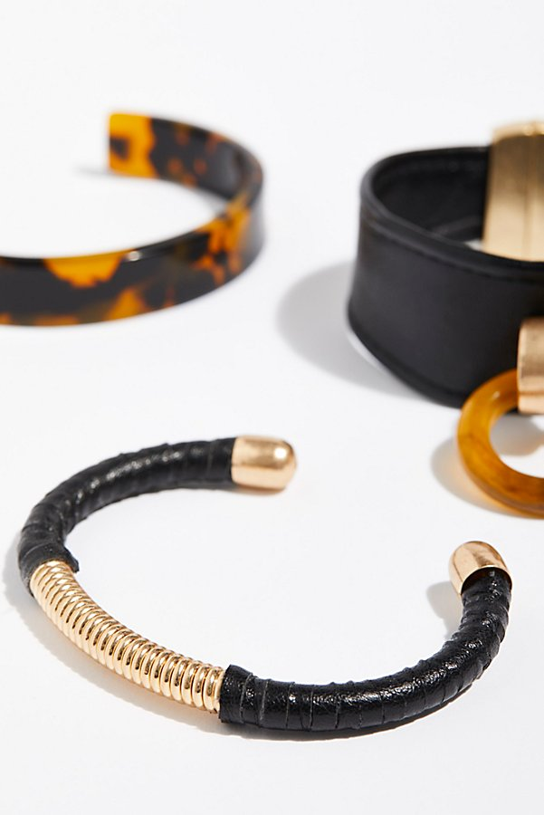 Slide View 3: Lucite x Leather Bracelet Set