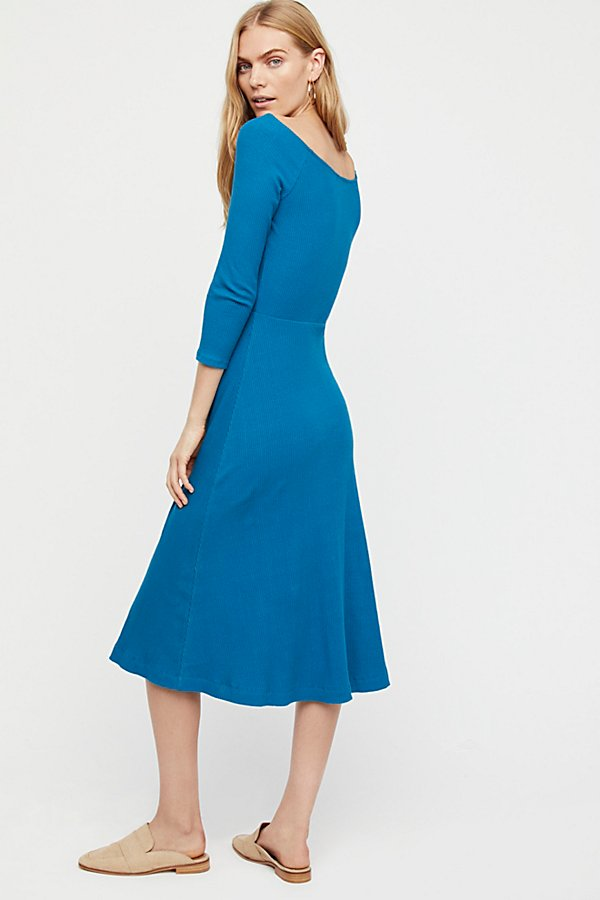 Slide View 2: Anywhere Midi Dress