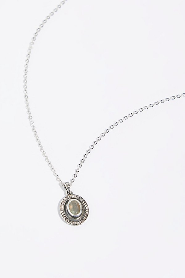 Slide View 1: Medallion Talen Stone Necklace