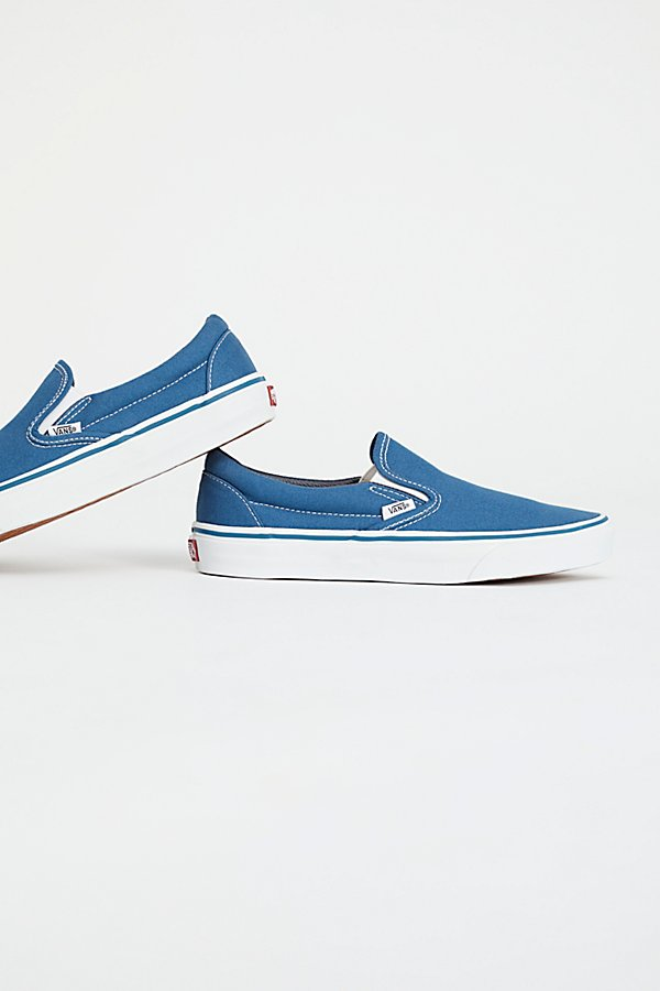 Slide View 4: Classic Slip On Trainer