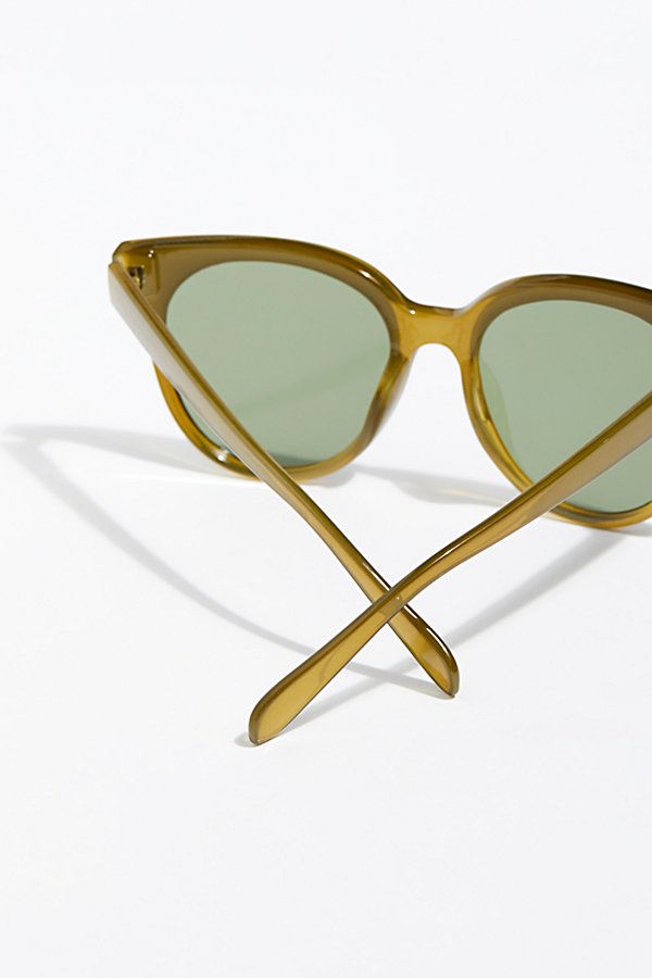 Slide View 4: Nolita Shield Sunnies