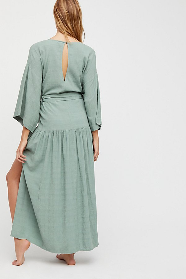 Slide View 3: Ellie Maxi Dress