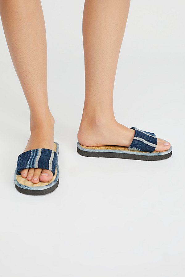 Slide View 1: Say The Sun Slide Sandal
