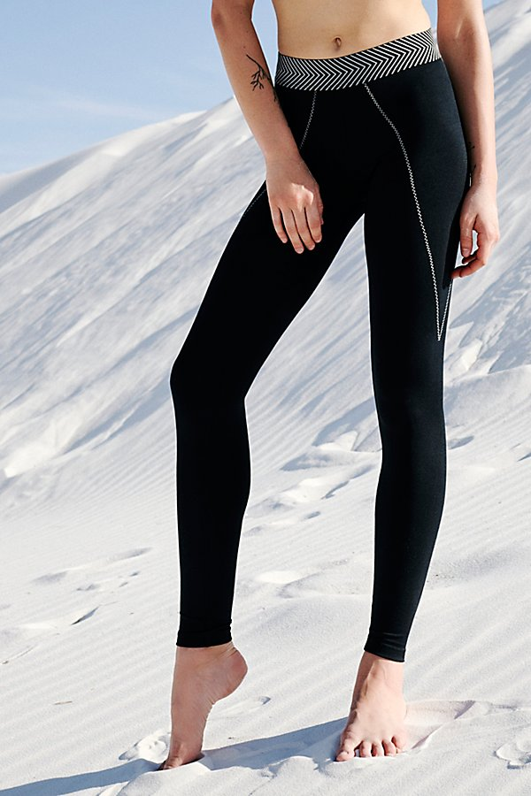 Slide View 3: Alma Full Legging